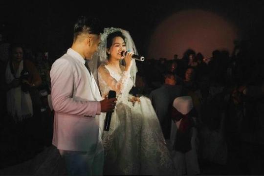 Dàn sao Việt xúng xính tham dự lễ cưới của Hồng Phượng, Long Hồ