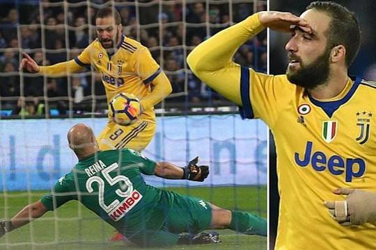 Đánh bại chủ nhà Napoli, Juventus thổi lửa vào Serie A