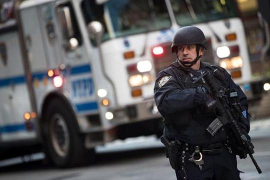 Ga tàu điện ngầm New York bị đánh bom: Không còn nơi nào là an toàn?