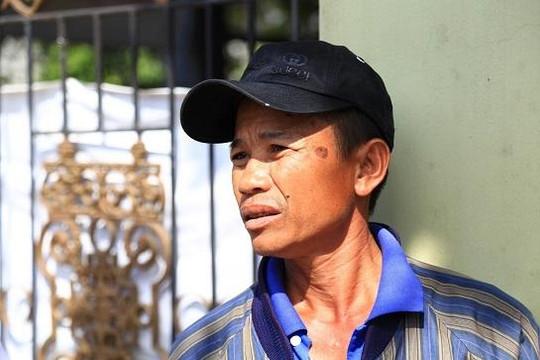 Người đàn ông ngã khuỵu khi nhận ra thi thể là em trai mình
