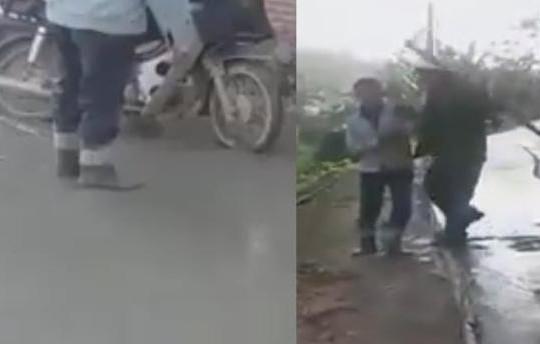 Ông chú Nghệ An vô ý thức chạy xe lên đường xi măng ướt còn đánh người