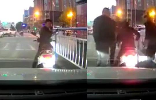 Dừng xe máy giữa đường nghe điện thoại, tổ lái bị 3 giang hồ đánh bầm dập