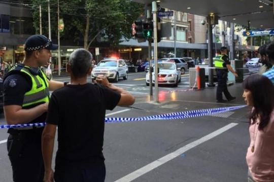 Xe hơi lao vào đám đông ở Úc, 14 người bị thương