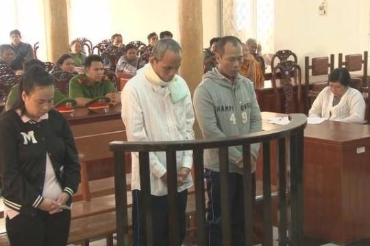 Nhóm đối tượng lừa bán đồng đen giả lãnh án 12 năm tù