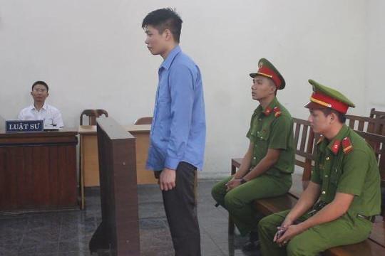Kẻ đâm người yêu 22 nhát dao lãnh án tử hình