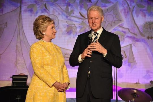 FBI điều tra Quỹ từ thiện Clinton tham nhũng