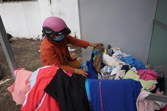 Thơm thảo tủ quần áo cũ nghĩa tình ở TP.Tân An
