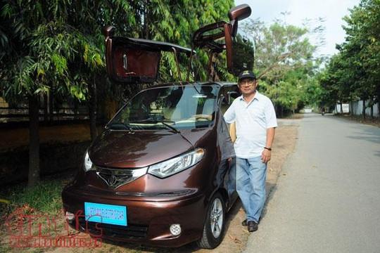 Người dân Củ Chi tự chế ô tô điện, chạy 100km chỉ tốn chưa tới 20.000 tiền điện