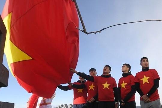 Những hình ảnh đẹp của U.23 Việt Nam trên đỉnh thiêng Fansipan