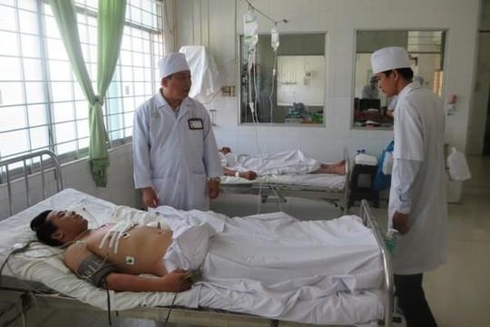 Vĩnh Long: Cứu sống 1 nạn nhân bị đâm thủng tim