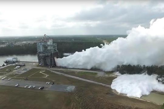 NASA thử siêu động cơ tên lửa đưa người lên sao Hỏa