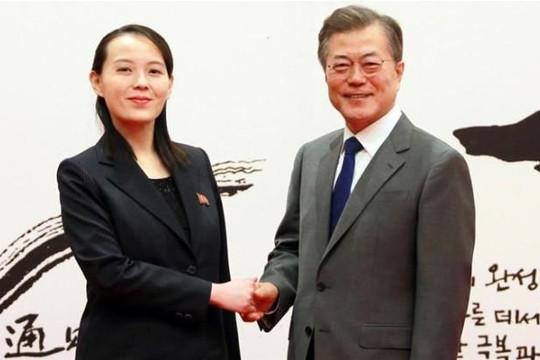 Chuyên cơ đưa trùm tình báo Hàn Quốc đi Triều Tiên