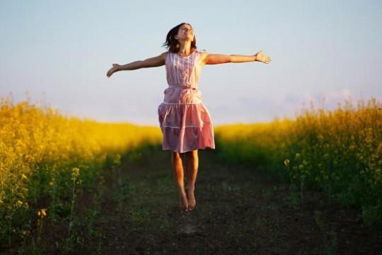 Những bài tập đơn giản giúp phái đẹp tăng chiều cao hiệu quả