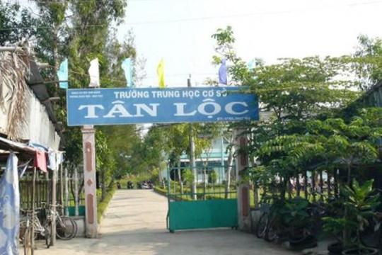 Nữ giáo viên ở Cà Mau thoát tội 'nói xấu lãnh đạo'