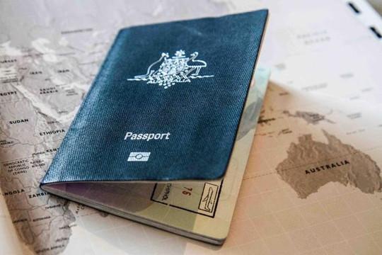Xin visa vào Việt Nam, nỗi khổ của người làm du lịch