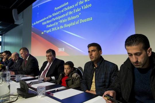 Phương Tây chỉ trích Nga dựng 'màn kịch' về vụ vũ khí hóa học
