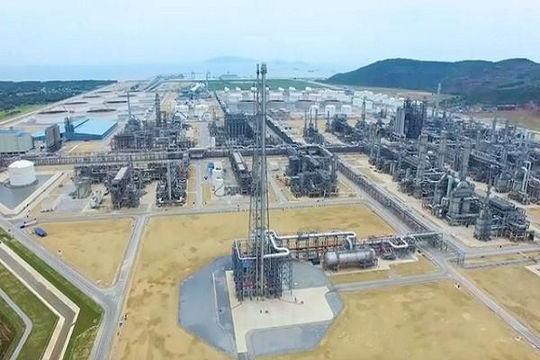 Tổ hợp lọc hóa dầu 9 tỉ USD xuất bán lô xăng RON 92 đầu tiên