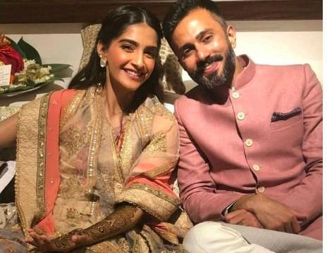 Sao nữ hàng đầu Bollywood Sonam Kapoor cưới chồng đại gia