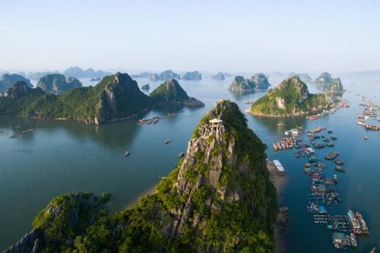 Vịnh Hạ Long của Việt Nam lọt top 26 kỳ quan thế giới nhất định phải đến một lần trong đời