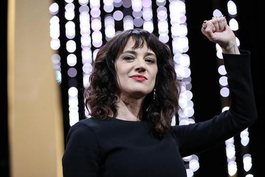 Nữ đạo diễn Ý tiết lộ từng bị Harvey Weinstein cưỡng hiếp tại LHP Cannes 1997