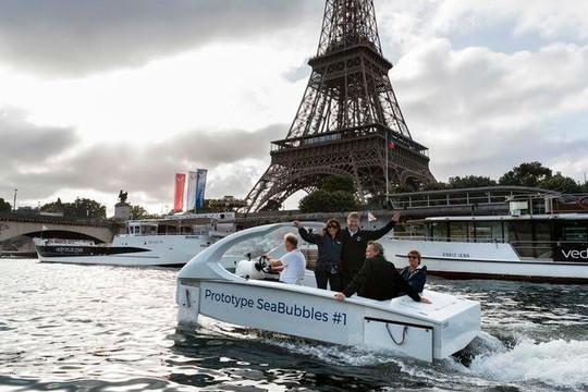 Pháp chạy thử xuồng taxi trên sông Seine