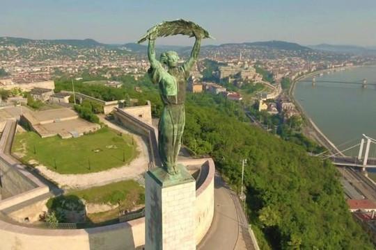 10 điểm du lịch hút khách ở Budapest từng xuất hiện trong phim bom tấn