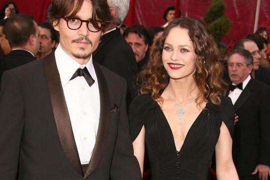 Sức khỏe con trai Johnny Depp đột ngột chuyển xấu
