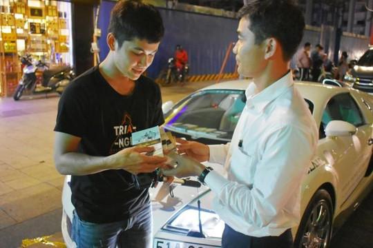 Hành trình từ Trái tim sẽ đi xuyên Việt trao tặng sách quý