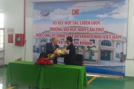 Đại học Nam Cần Thơ được cấp giấy Chứng nhận kiểm định chất lượng giáo dục
