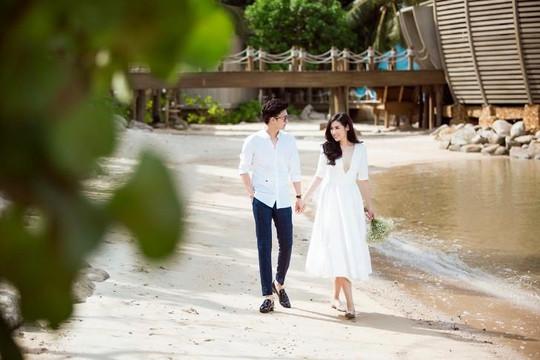 Hé lộ bộ ảnh cưới lãng mạn của Á hậu Tú Anh trước ngày lên xe hoa