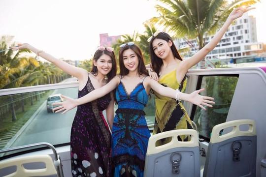 Top 3 Hoa hậu Việt Nam 2016 đẹp thướt tha giữa biển trời Đà Nẵng