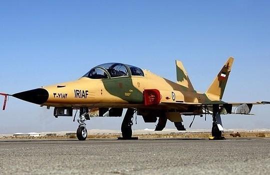 Iran khoe máy bay chiến đấu thế hệ mới tự chế tạo