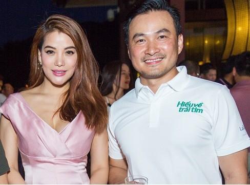 Trương Ngọc Ánh trở về từ Mỹ cùng diễn viên Chi Bảo ủng hộ quỹ 'Hiểu về trái tim'