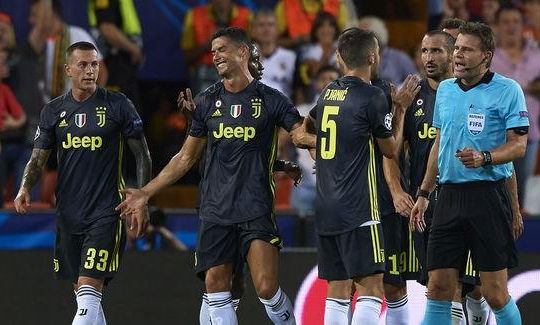 UEFA lên tiếng về chiếc thẻ đỏ gây tranh cãi của Ronaldo