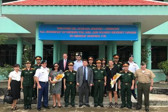 Bệnh viện Quân Y 175 thắt chặt hợp tác với Mỹ