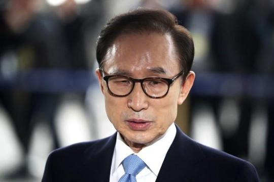 Cựu Tổng thống Hàn Quốc Lee Myung-bak lĩnh 15 năm tù vì tham nhũng