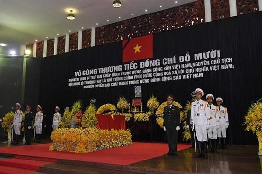 Hình ảnh lễ viếng nguyên Tổng bí thư Đỗ Mười sáng nay 6.10