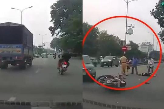 Clip tổ lái đầu trần chạy như bay trên phố Ninh Bình, vượt đèn đỏ và cái kết đắng