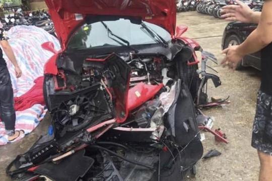 Siêu xe Ferrari 16 tỉ của Tuấn Hưng bị tai nạn nát đầu ở Phú Thọ
