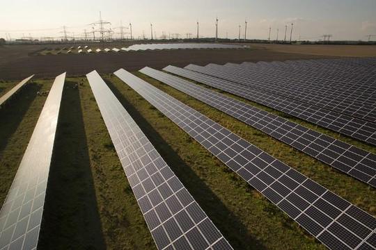 Pháp ưu tiên phát triển điện gió và năng lượng Mặt trời