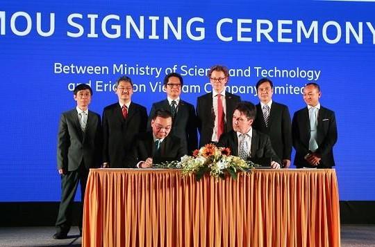 Trung tâm đổi mới sáng tạo về IoT sẽ được đặt tại Khu CNC Hòa Lạc