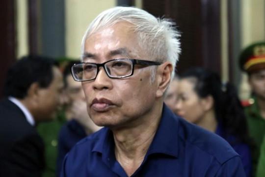 Cựu Tổng giám đốc Ngân hàng Đông Á nghẹn ngào xin lỗi các thuộc cấp