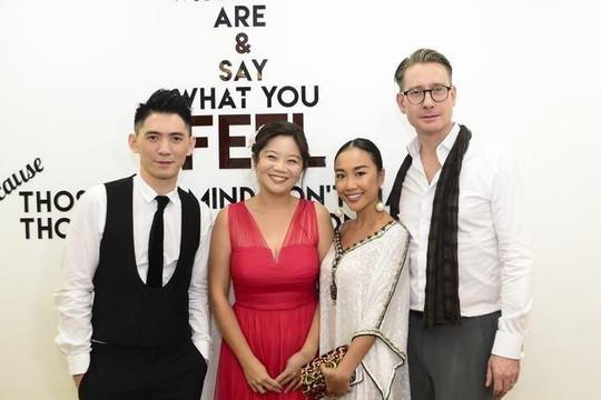 Nghệ sĩ Hong Kong Timothy Sun và Jacqueline Leung chinh phục khán giả Sài Gòn