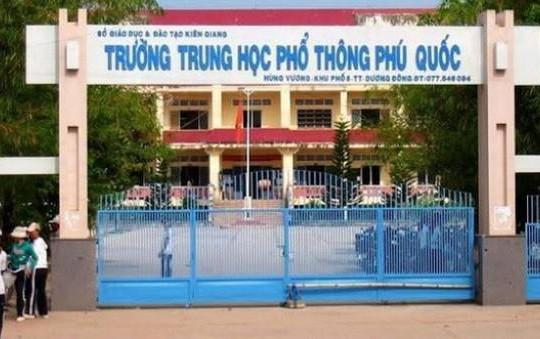 Phú Quốc: Gần 500 học sinh lớp 11 phải thi lại vì lộ đề Toán