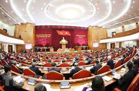 Kết quả kiểm phiếu tín nhiệm 21 Ủy viên Bộ Chính trị và Ban Bí thư sẽ được báo cáo sáng nay