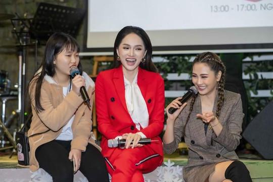 Hoa hậu Hương Giang: Nếu lấy chồng, tôi và chồng phải xác định là không có con