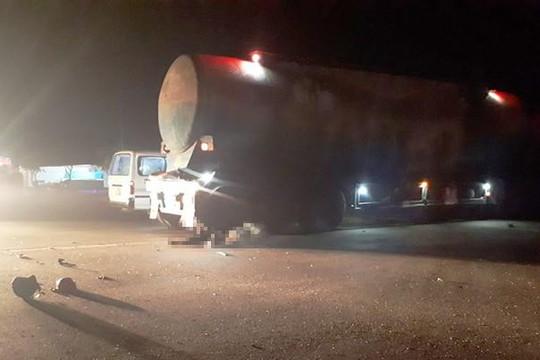 Hà Tĩnh: Va chạm nơi ngã tư điểm đen, 1 người chết dưới bánh xe bồn