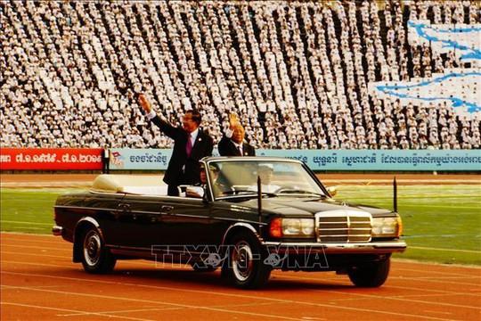 Thủ tướng Hun Sen: Nghĩa cử của Việt Nam được mãi khắc ghi trong lịch sử Campuchia