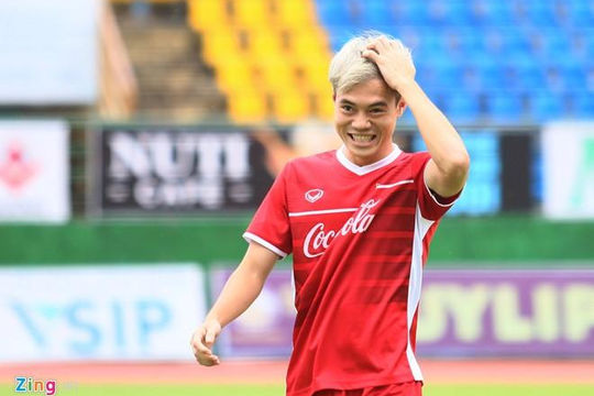 Asian Cup 2019: Văn Toàn tin rằng tuyển Việt Nam sẽ vượt qua đối thủ Iraq