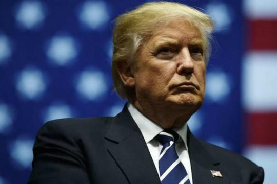 Ông Trump hoãn đọc thông điệp liên bang